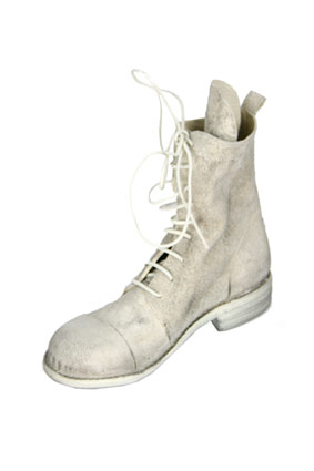 Masnada Men Boots Handmade leather boots in distressed ash colour. view 3