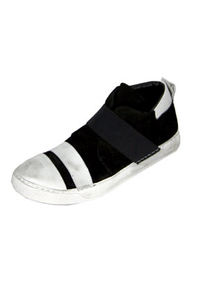 Masnada Men Shoes Sneakers in distressed white and black calf skin view 3