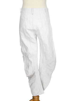 Masnada Men Trousers Banana shape trousers in dirty white with crinkled finish view 3