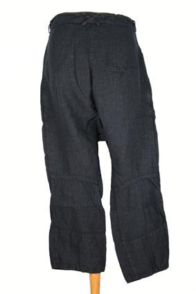Rundholz Trousers Over-dyed, linen, low-crotch trousers in Dark Navy view 3