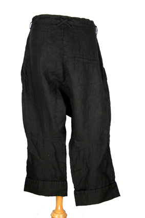 Rundholz Trousers Over-dyed, linen, low-crotch trousers in black view 3